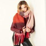 Warme damessjaal Hey Red wintershawl_