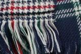Unisex shawl rood groen blauw detailfoto franjes