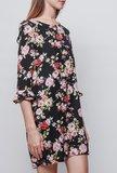 Scarfz little black dress bloemenprint roze rood LBD