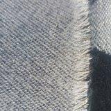 Warme dames sjaal Cozy Dots|Zwart lichtrijs|Goudkleurig detail|Dikke kwaliteit|Stippen_