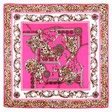 Scarfz vierkante zijdezachte sjaal Silky Italic roze luipaard