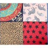 Scarfz vierkant klein sjaaltje colorful Leo blauw blue shawl silky