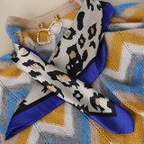 Scarfz silky soft square scarf Silky WIld satijn blauw blue