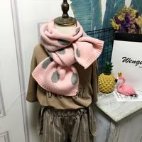 Zachte gebreide kindersjaal Vicky|Roze taupe sjaal meisjes|Stippen