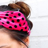 Elastische haarband Velvet Dots Roze zwart Stippen Velvet velours haarband Knot