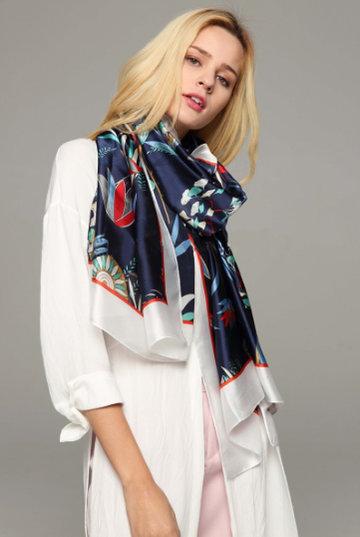 Lange dames sjaal Tropical Flowers Lange shawl Zijden sjaal Bloemen Blauw wit rood