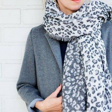 Vierkante dames sjaal Leopard Life|Zwart lichtrijs|Dikke kwaliteit|Luipaardprint