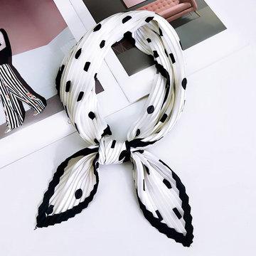 Zijdezachte sjaal Crinkle Dots Vierkante shawl Satijn Zwart wit