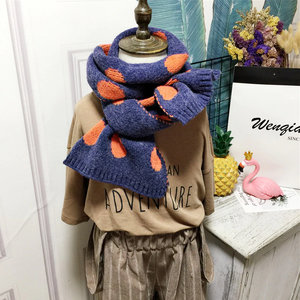 Zachte gebreide kindersjaal Vicky|Blauw oranje sjaal meisjes jongens|Stippen