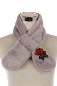 Warme faux fur meisjes sjaal Rose lichtgrijs