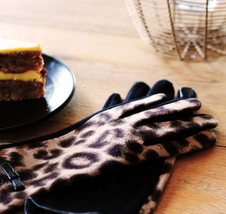 Scarfz warme mooie dames handschoenen luipaard print bruin zwart