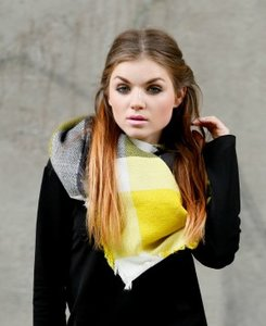 Vierkante grijs gele dames sjaal|Geel Grijs|Geblokt|Omslagdoek|Extra zacht