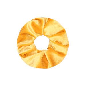 Scarfz scrunchie velvet sweet velvet haarelastiek hair tie geel